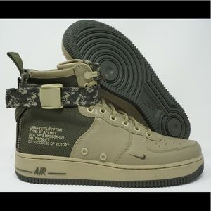 Nike SF Air Force 1 Special Field Mid Boot